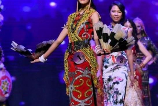 Terpilih Jadi Miss World Malaysia 2018, Berkat Baju Dayak