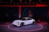 Porsche Taycan Listrik Resmi Mengaspal: Beringas Tetap Nyaman Harian
