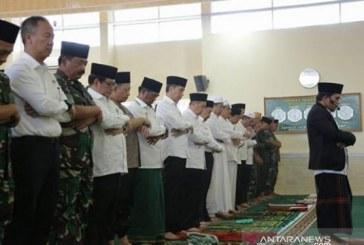 Jokowi Minta Hujan