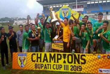 Hendra Resmi Tutup Kompetisi Sepakbola Bupati Cup