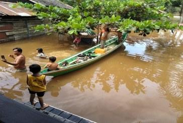 Sungai Meluap, Rumah Warga Terendam Banjir