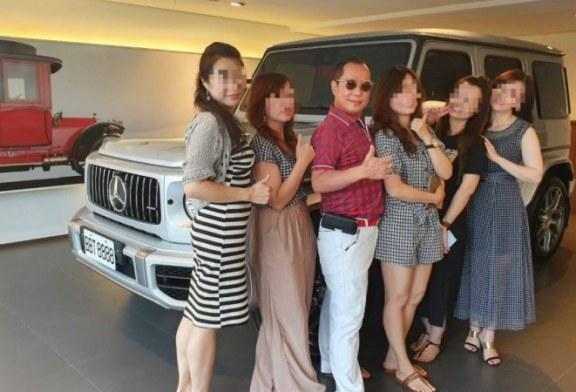 Warbiasyaaa..! Pria Ini Tinggal Bersama 4 Istri dan 16 Wanita Simpanan